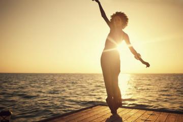 dance,photography,sea,sunset,woman,beach-044314d659f67e1c8d2130d2032e97b1_h
